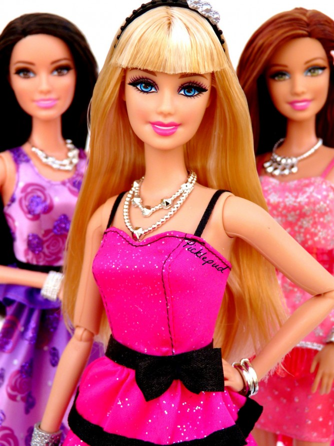 Fantastisch Amazon Takes 35% Off Barbie Style In The Spotlight Raquelle Doll For  US$9.77 With FREE International Shipping To Singapore On Orders ...