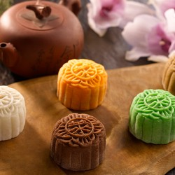 StarHub: Up to 20% off Raffles Hotel Mooncakes