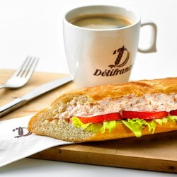 Délifrance via Groupon: Classic Sandwich and Drink Set