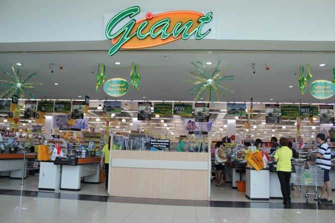 Giant Supermarket by OPTILED Singapore_0