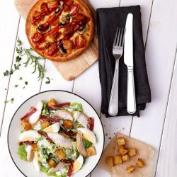 Pizza Hut: Seafood Vongole, Pesto baked Salmon or Chicken Pomodoro