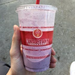 Cold Stone Creamery: 1 for 1 shakes at Cold Stone