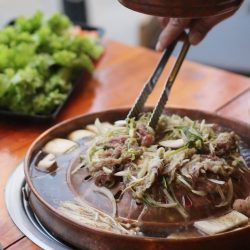 [SEORAE] Today lunch you have to try Seoul Bulgogi set. The crowd favorite!US beef shortplate cooked in unique pot and