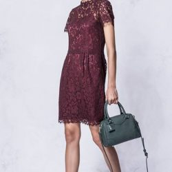 [G2000 Outlet] Get ready for Christmas fetes and friendly gatherings with party-ready dresses. Lace-detailed dresses for the dazzling diva, patterned