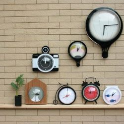 [Megafash] If your #minimal chic home is looking a little bare this Xmas, add these nifty clocks from KLEAR for a