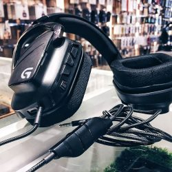 [Connect-IT by Jade Gift Shop] SUPERIOR SOUND PERFORMANCE WITH PRO-G™ AUDIO DRIVERS Experience games like never before Get expansive cinematic sound with G633 Artemis