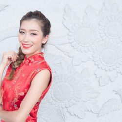 [DBS Bank] Want to avoid the queues, look the part and plan a fuss-free reunion dinner? Breeze through the Year of