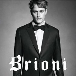 [Uomo Collezioni] Exclusive offer from @brioni_singapore  31Jan - 3rd Feb 2017 .  Enjoy Double Rewards Points, as well as a One Night Complimentary Luxury