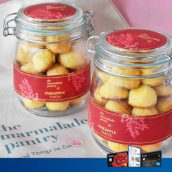[UOB ATM] It's that time of the year to indulge in festive goodies again! Our all-time favourite, is the pineapple