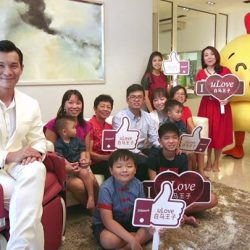 [OSIM FOCUS] Congratulations to our first uLove winner Jonathan!Mediacorp's Artiste & Prince Charming Shaun Chen, LOVE 97.2FM DJ Violet Fenying