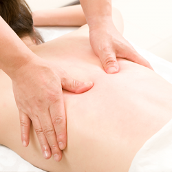 [Kin Teck Tong] Tendon massage is a series of massage techniques applied over the meridians and acupoints to stimulate blood circulation, remove blood