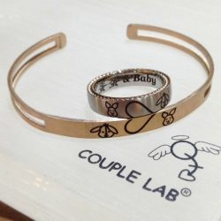 [Couple Lab] Customised couple Eeyore & Piglet ring & bangle. Ideal Valentine's gifts. #Couplelab #customised #Singapore #surgicalsteel #eeyore #piglet #winniethepooh #valentinesgift #idealgift #loveintheair