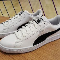 [Limited Edt] New ArrivalPUMA BASKET CLASSIC BADGE SIZE UK 7 - 9.5 SGD 149 EACHAVAILABLE NOW AT LE HALL OF
