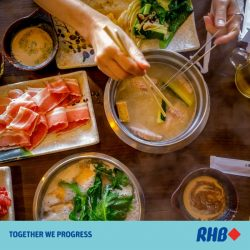 [RHB BANK] Eating out during the Lunar New Year period can be an expensive affair. Save some by holding your reunions indoors.