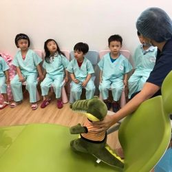 [Luminous Dental Clinic] If you are interested in finding out more about our *KidsDentist Program*, please feel free to pm or email us!