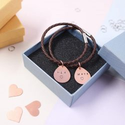 [KLOSH] Hello fans!Just one more day to Valentine's Day! Check out our lovely matching couple bracelets!Special promo price
