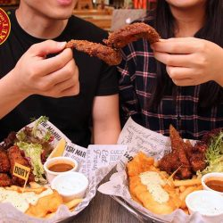 [The Manhattan FISH MARKET Singapore] If the person who stood by you is your bestie, why not celebrate your precious friendship on Valentine's Day?