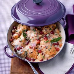 [Le Creuset] Le Creuset Cassis, the colour of vibrant plums and vivid violets, purple shades create a warm, sumptuous look-and-feel