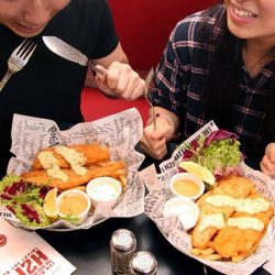 [The Manhattan FISH MARKET Singapore] Best friends are like the Fish to your Chips.