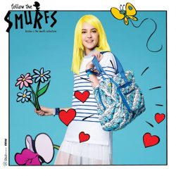 [Bossini Singapore] Mix the timeless striped tunic with a Smurfs Foldable Travel Bag for a fun look.
