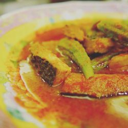 [PERAMAKAN] Here's something else for meatfreemonday or the vegetarians out there - vegetarian fish ikangaramassam - tart and spicy and full of