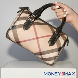 [MONEYMAX] Top handle bags in this shape is usually fun and sporty.