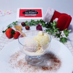 [Alfero Artisan Gelato] Urica was craving for our 96% FAT FREE gelato, are you feeling likewise?
