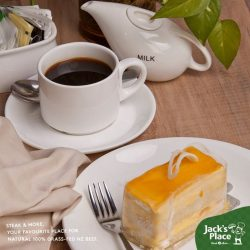[Jack's Place] Saturdays are best spent indulging on midday snacks and tea with your loved ones.