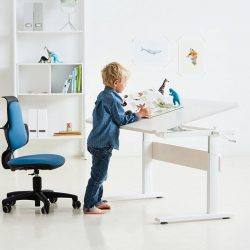 [FLEXA] Let your child set it's creative ideas free in an ergonomic environment with the new FLEXA modern study desk.