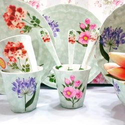 [Shabby Chic] Soothing florals that won't break (literally!