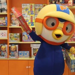 [Pornro Park Singapore] Pororo heard about the 30% sale at the Park.