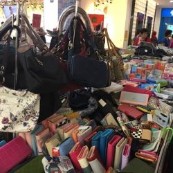 [Tom & Stefanie] Tiong Bahru Plaza - Atrium Fair Promotion for Kids , Stationery , bags at UP to 60% OFF !