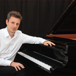 [SISTIC Singapore] Tickets for MAXIME ZECCHINI PIANO SOLO goes on sale on 26 April 2017.