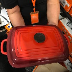[Le Creuset] Here's today's DAY 1 SPECIAL BUY at our Family Sale.