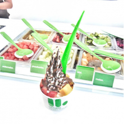 [llaollao Singapore] Is 1 sauce really enough?