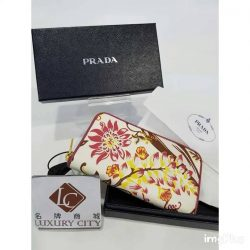 [Luxury City] BrandNew prada Saffiano Wallet☎️ :+6567020082 WhatsApp :+6581814221 Follow us on FB:www.