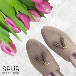 [SPUR] Fashion alert: Mules are the go-to feetwear for this season.