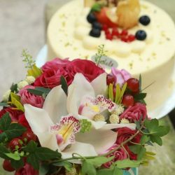 [Simply Flowers] We would like to introduce Cedele's Lychee Rose Cake.