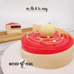 [Milk & Honey] Mother's Day limited edition Mother of Pearl cake for the gems in our lives!