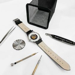 [Claude Bernard] Join us for a live watch assembly demonstration by Claude Bernard's in-house, Swiss-trained watch technician!