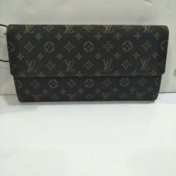 [Luxury City] Preloved louisvuitton  Wallet☎️ :+6567020082 WhatsApp :+6581814221 Follow us on FB:www.
