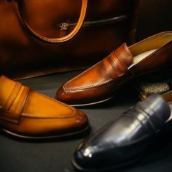 [STRAITS ESTABLISHMENT] Its a known fact that women to pay attention to the shoes we wear, so when its time to step