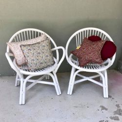 [CUCKOO] The last couple of little round chairs left for sale!