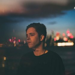 [Hard Rock Café] English singer-songwriter Benjamin Francis Leftwich gets set to deliver his curious concoction of indie-folk and chill electronic goodness