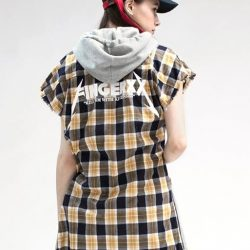 [Chocoolate --- i.t Labels Singapore] Grunge has made its way back into fashion and we're totally here for it.