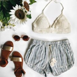 [Aeropostale] suit up for summer with our 60% off sale 🌻 http://fal.