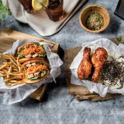 [4 Fingers Crispy Chicken] This meal is like the Beyonce and Jay-Z of DUETS.