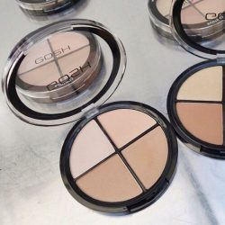 [Sasa Singapore] GOSH 4in1 CONTOUR'N STROBE KIT will add glow to your face and give the apple of your cheeks a