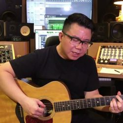 "[StarHub] Local music genius 陳奐仁 Hanjin Tan is an ""all-rounder"" musician."