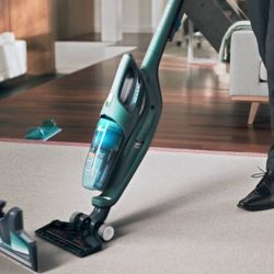 [Philips] The Philips PowerPro Aqua 3in1 wireless vertical vacuum cleaner allows dry and wet cleaning, and even has a hand vacuum